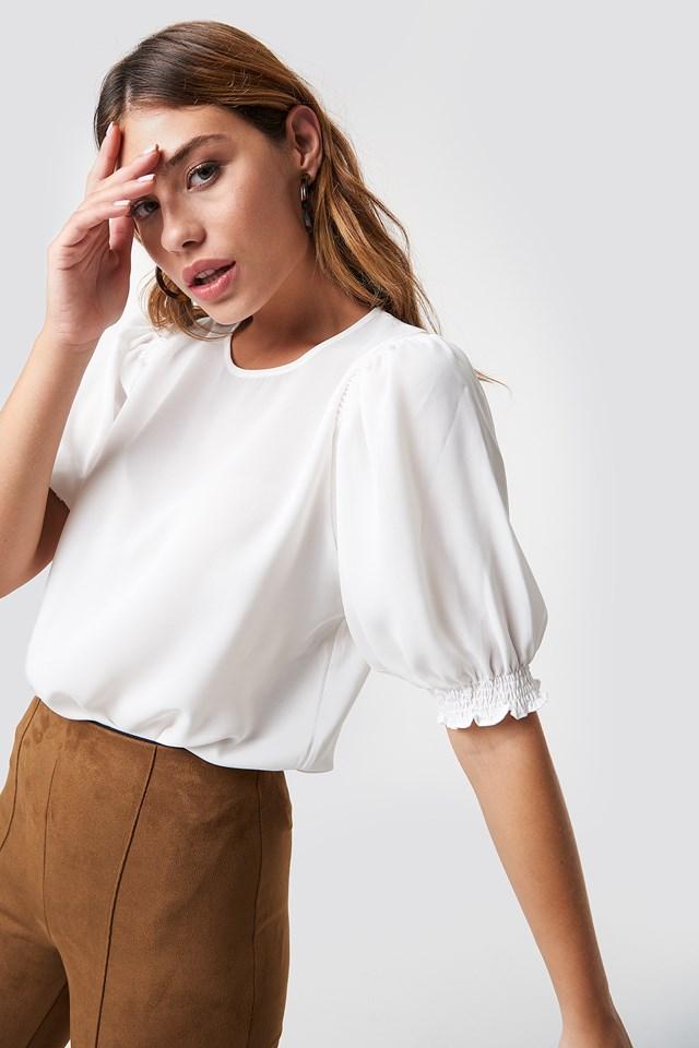 Bluzka z krótkim bufiastym rękawem NA-KD.COM