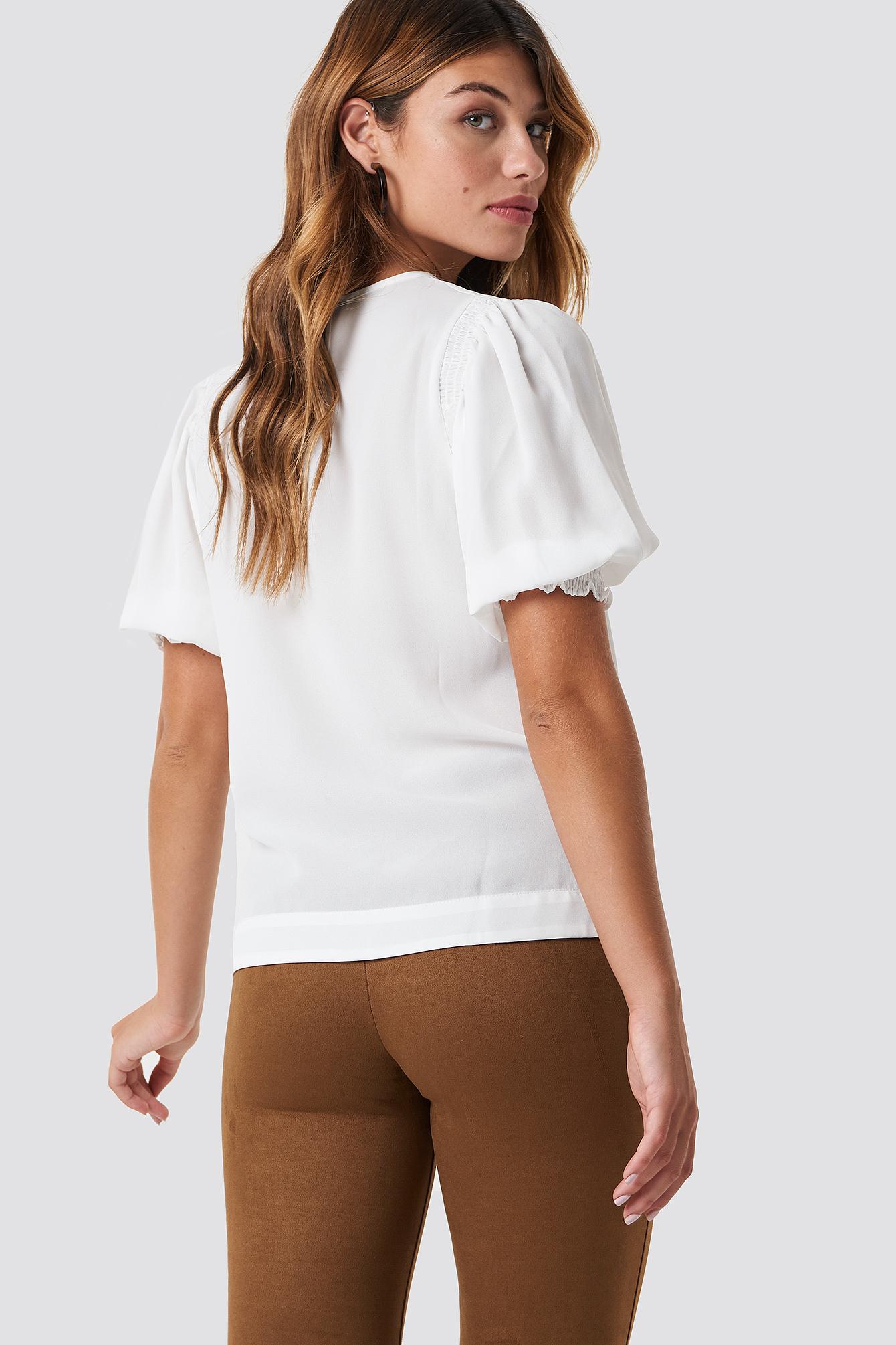 Puffed Short Sleeve Blouse NA-KD.COM