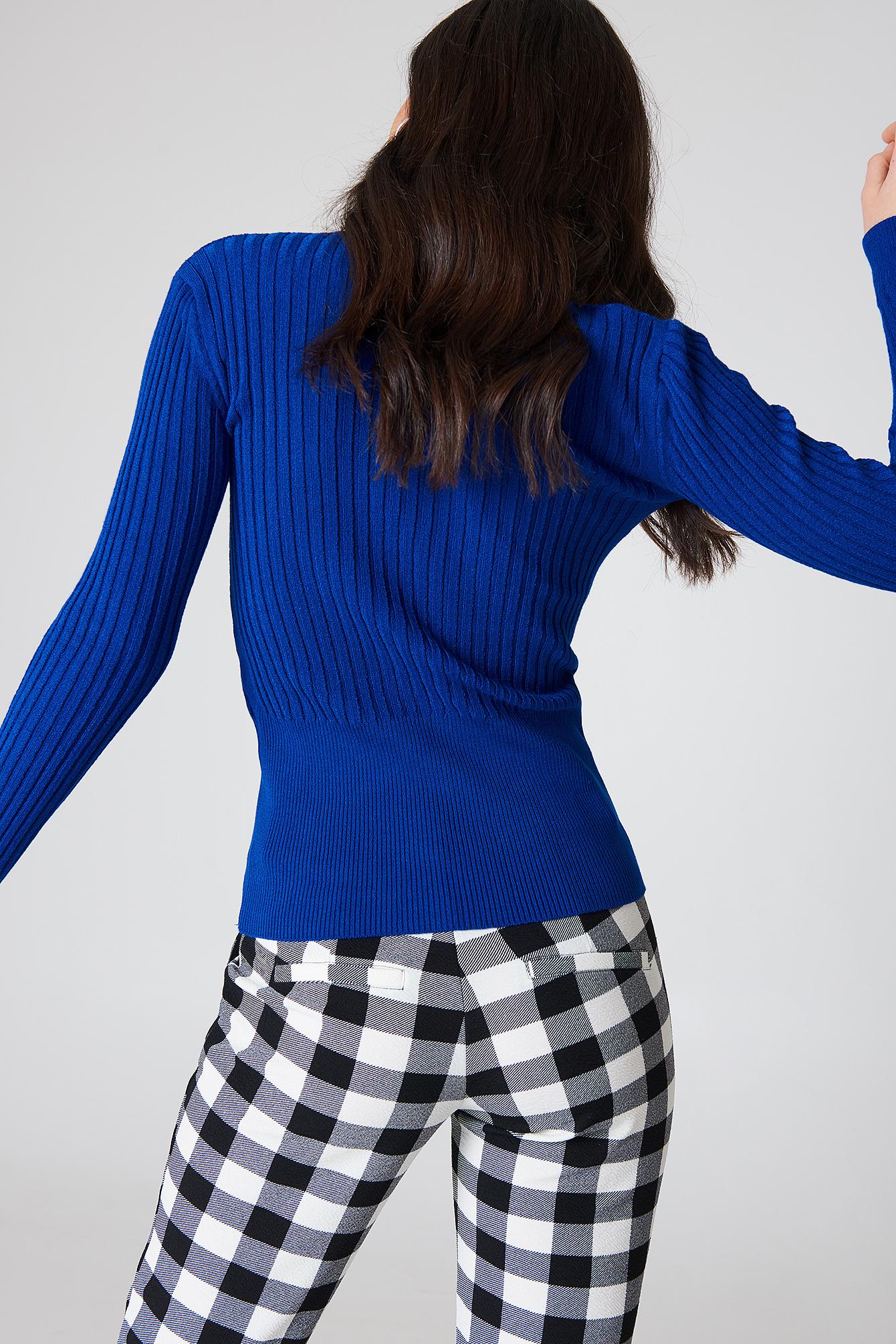 Sweter w prążki z golfem NA-KD.COM