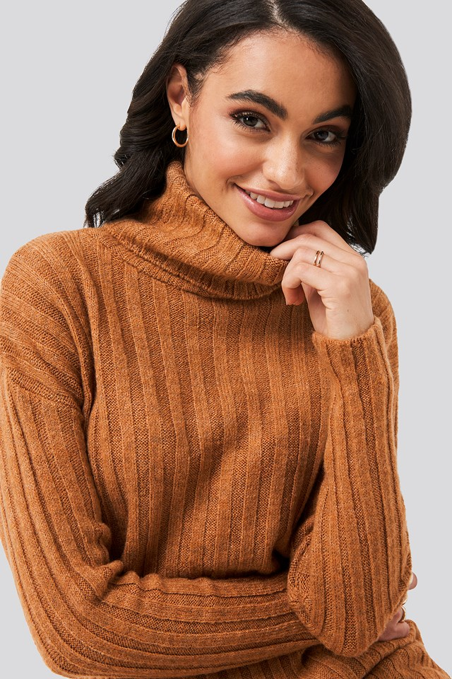 Ribbed Turtleneck Knitted Sweater Tobacco