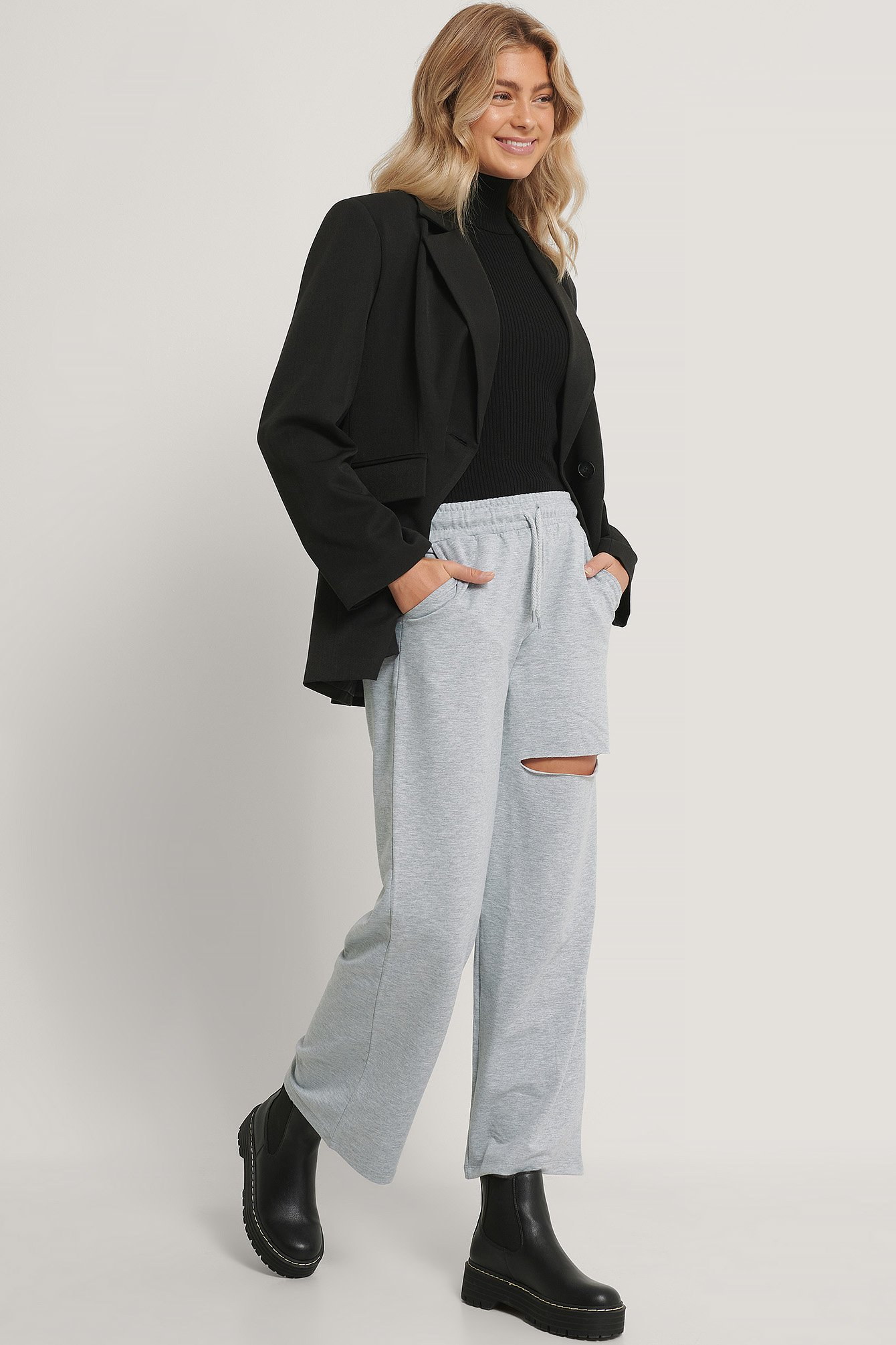 Gray Melerade Sweatpants Med Elastisk Midja