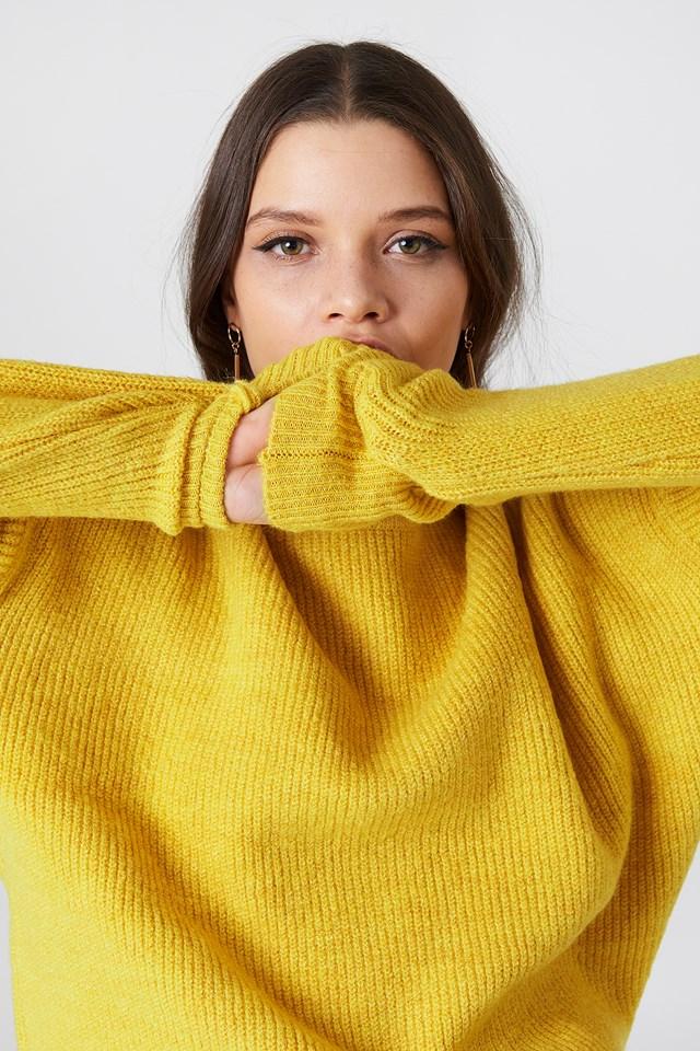 Round Neck Ribbed Knit Mustard
