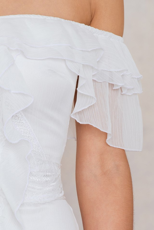 Ruffle Lace Maxi Dress Ecru