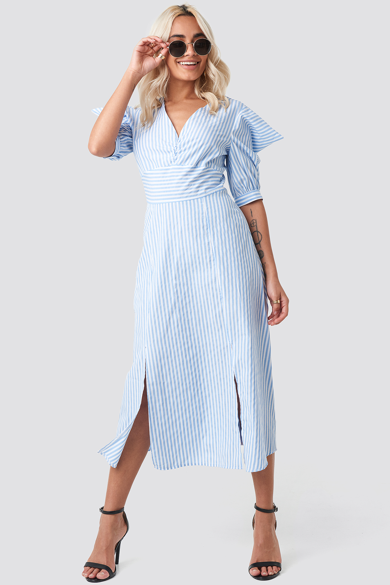 trendyol -  Shoulder Detail Striped Midi Dress - Blue