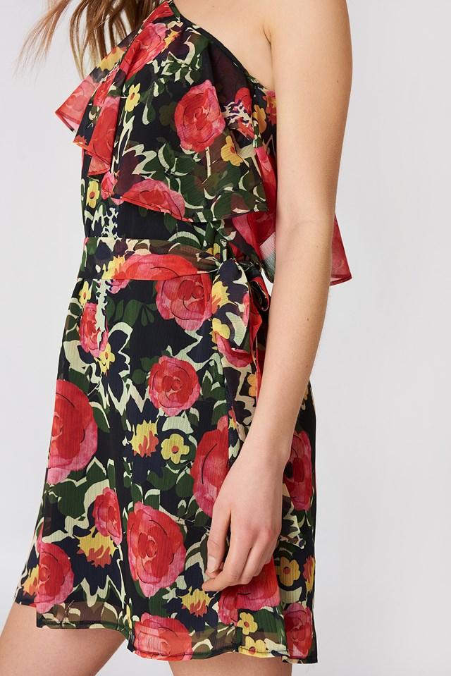 Single Arm Flower Dress Black