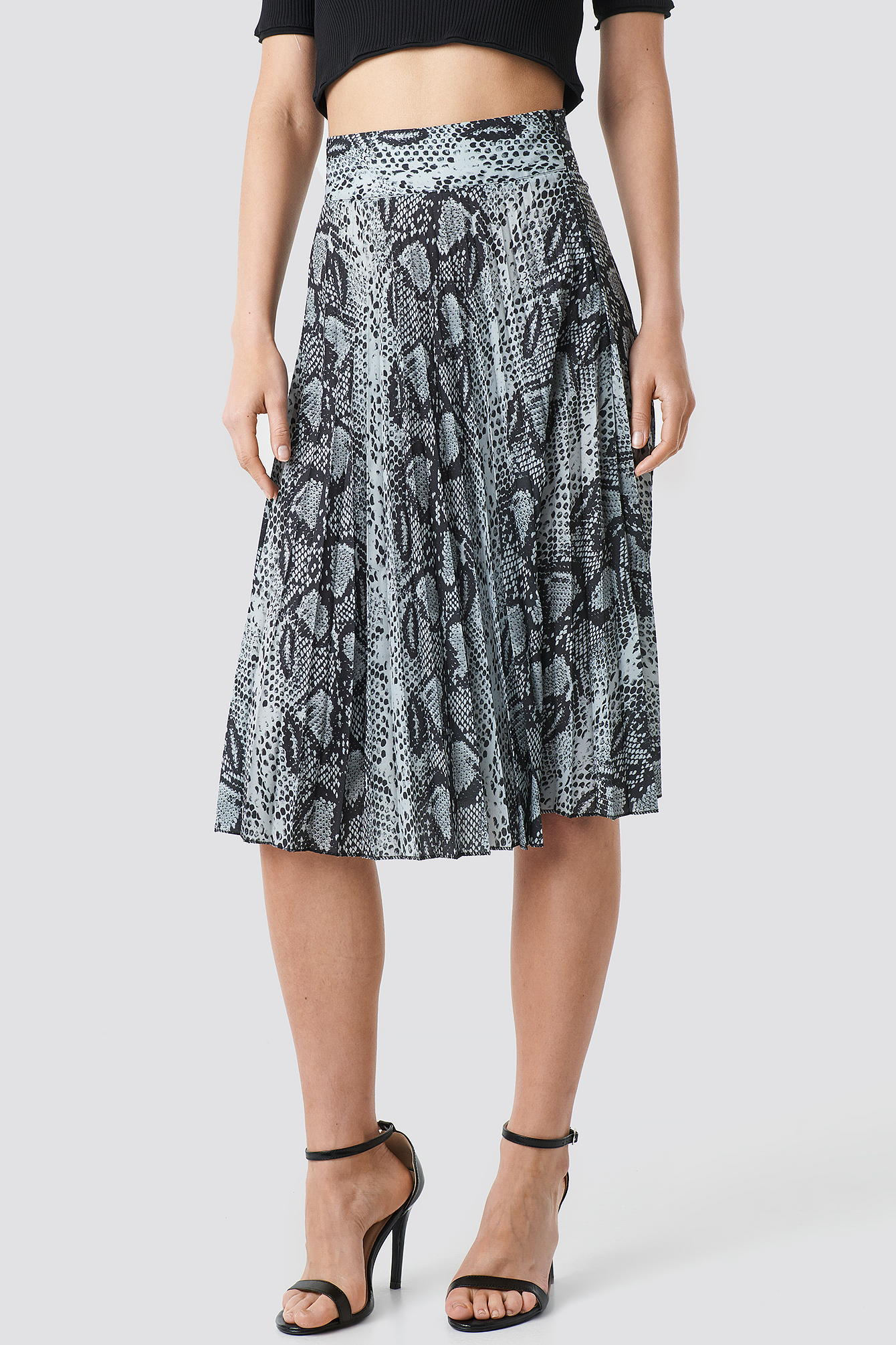 Snake Pattern Pleated Skirt NA-KD.COM