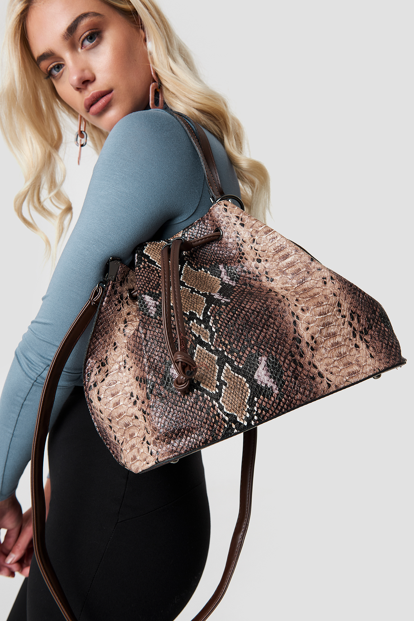 Snake Patterned Shoulder Bag NA-KD.COM