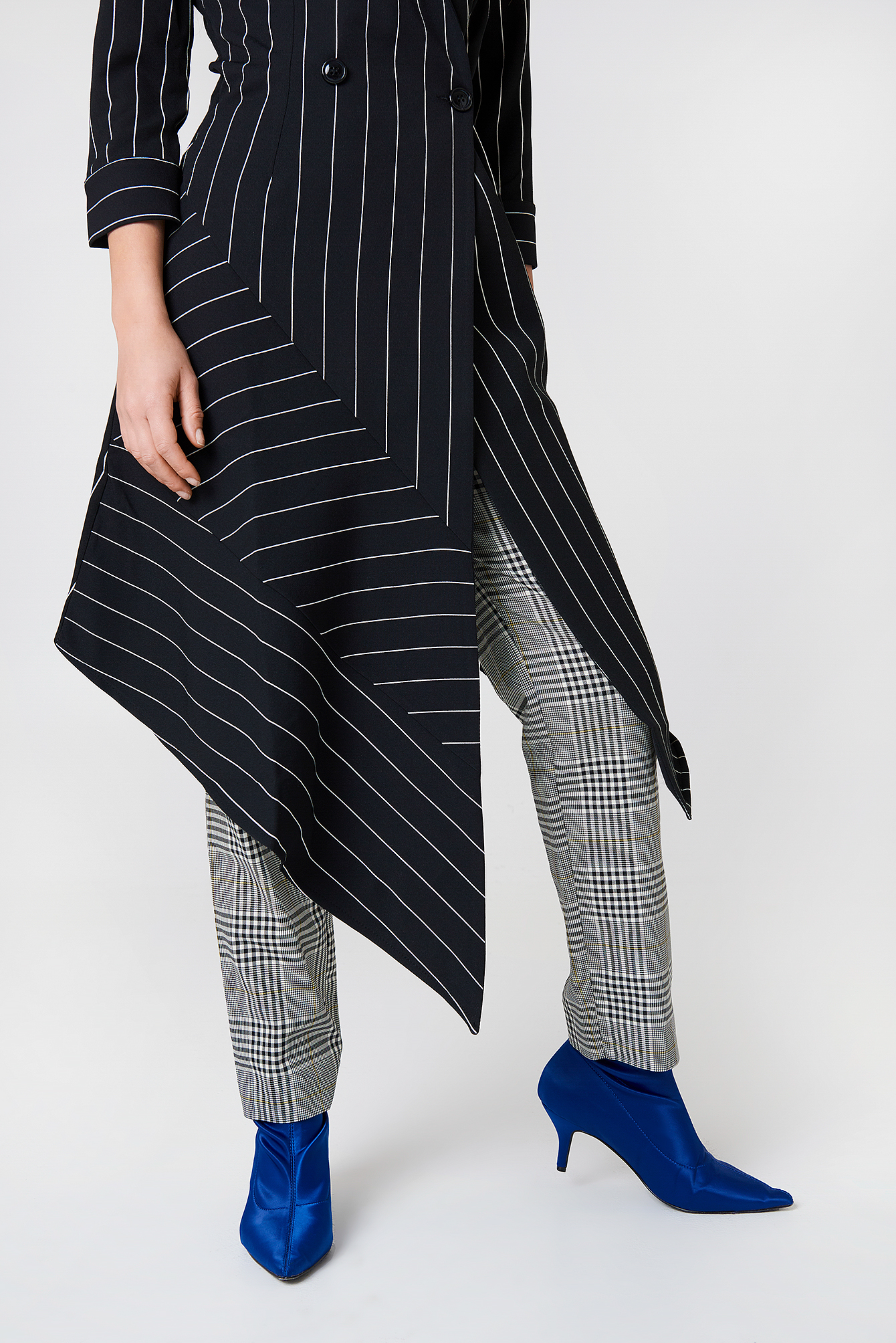 Stripe Asymmetrical Dress NA-KD.COM