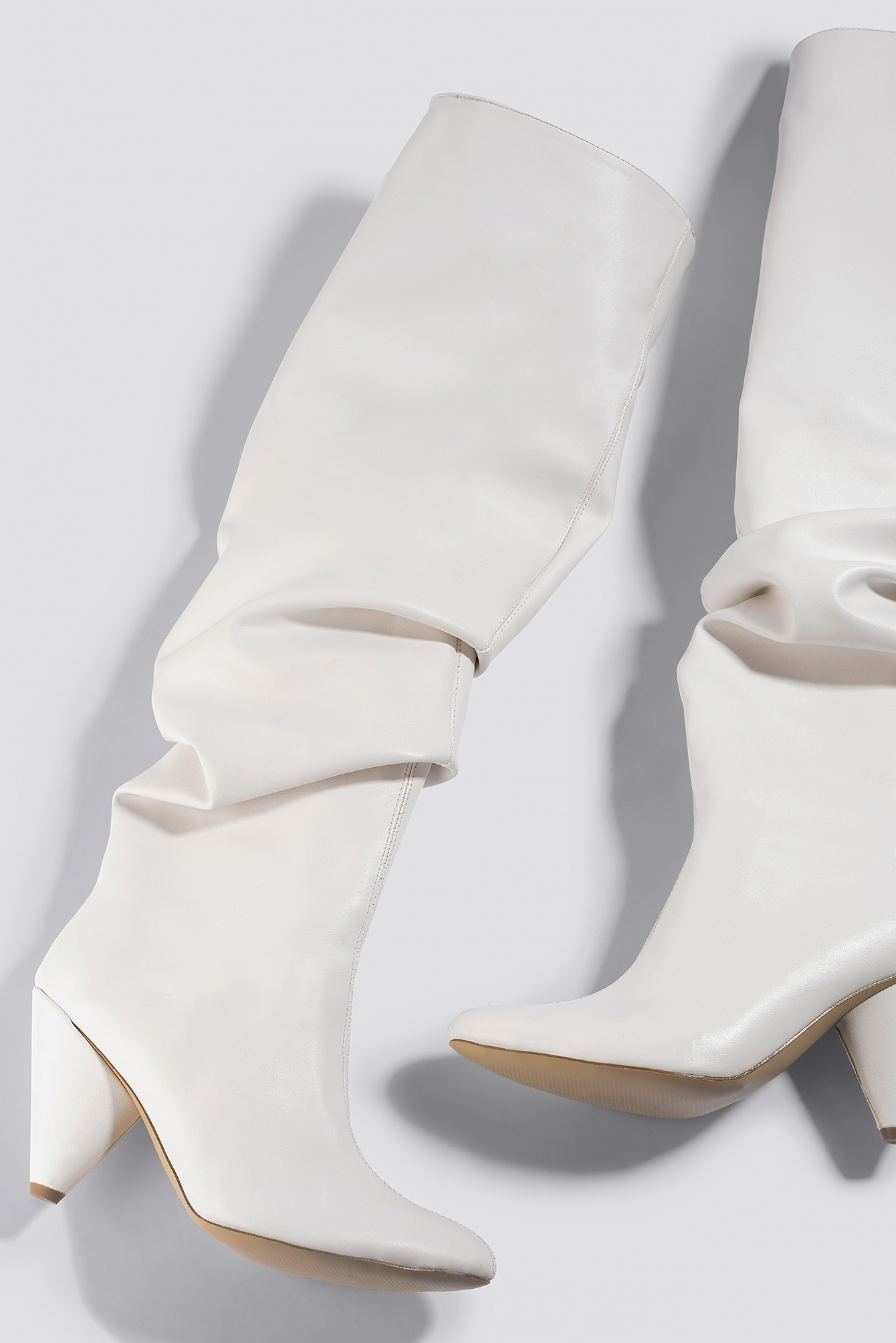 trendyol -  Taka Women Knee Boots - White