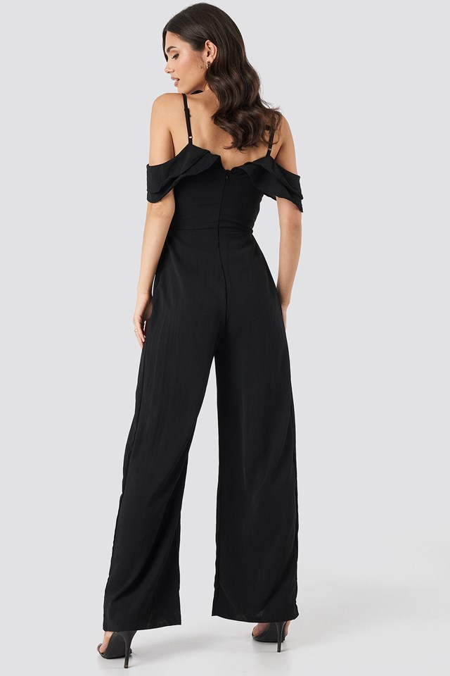 Thin Strap Flywheel Detailed Jumpsuit Black