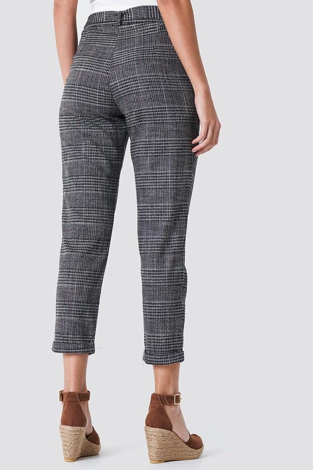 Tied Waist Checkered Pants Black