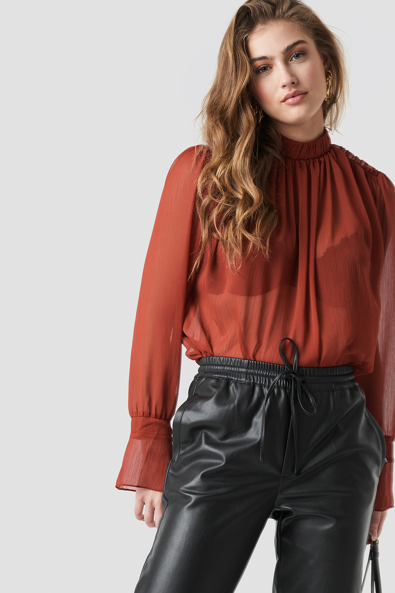 Tile Frilly Blouse NA-KD.COM