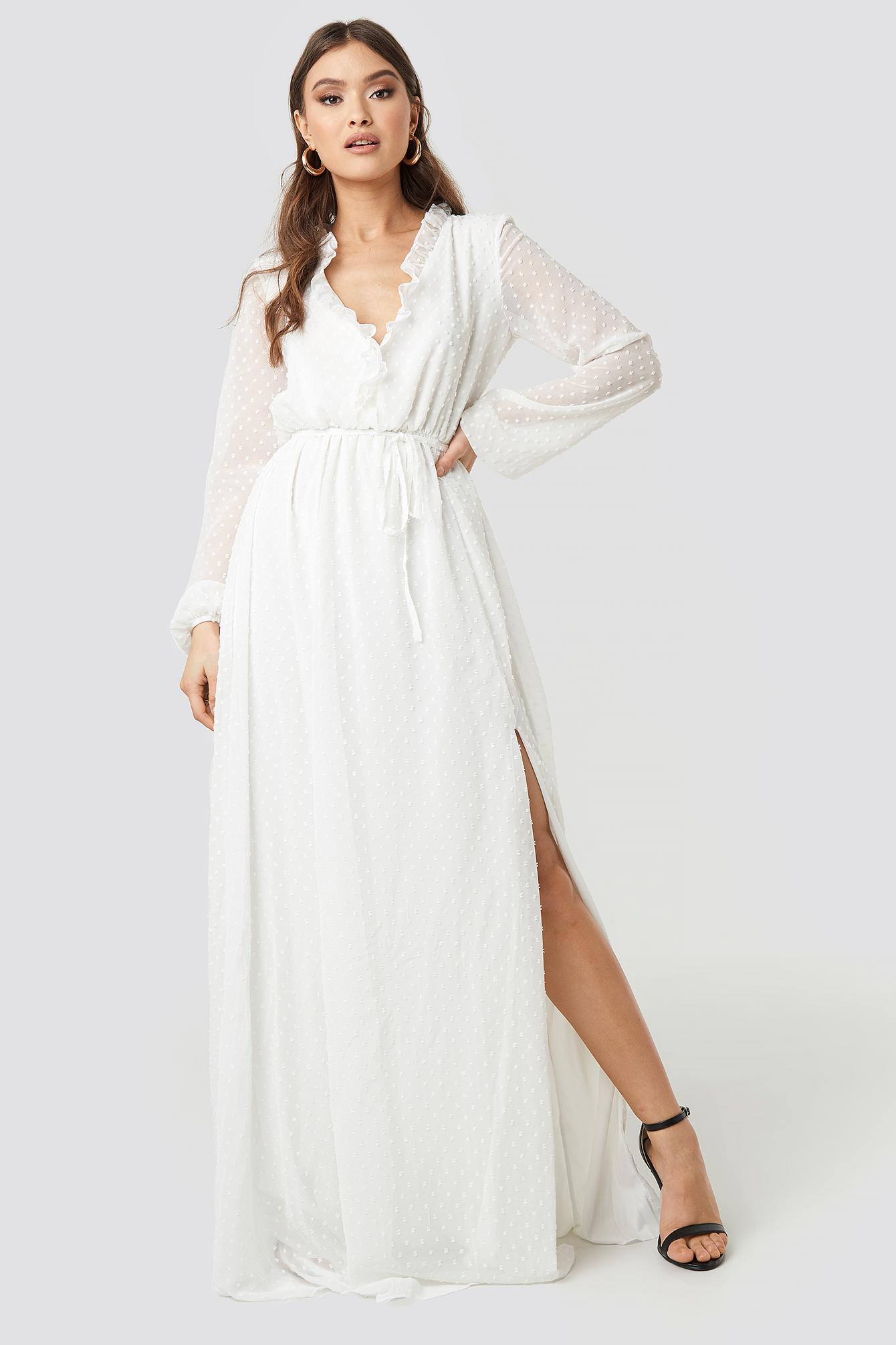 e6cc44c635b35 Trendyol Tulum Ruffle Detailed Evening Dress - White | ModeSens