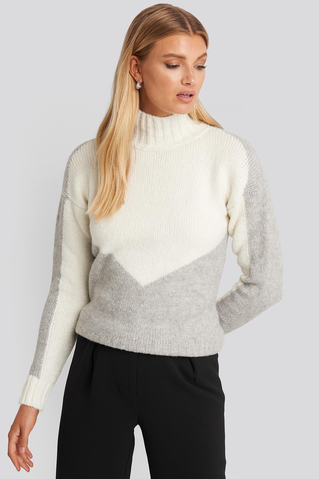 Turtleneck Colorblock Sweater Blanc by Trendyol