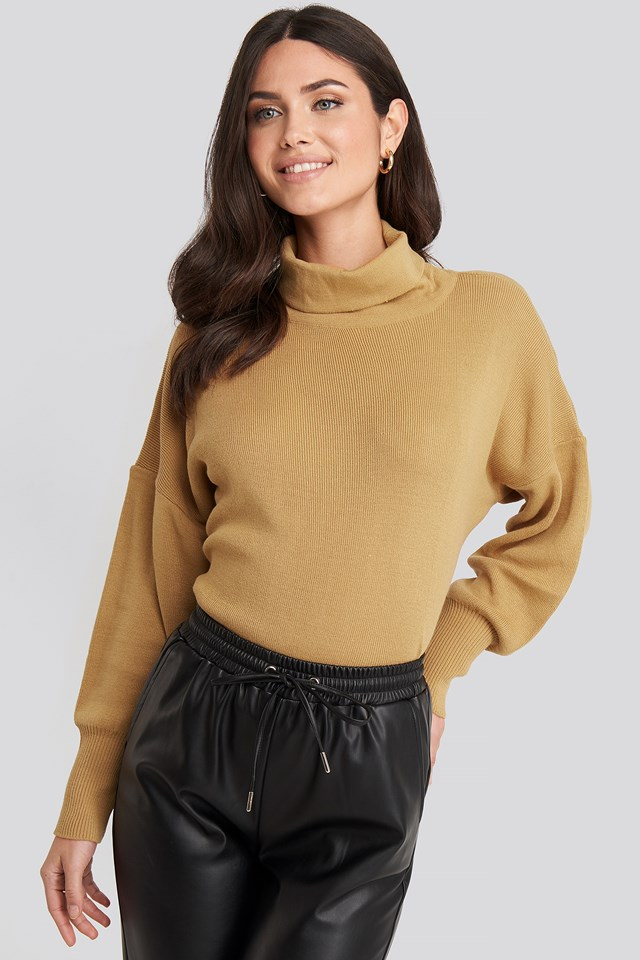 Turtleneck Knitted Sweater Camel