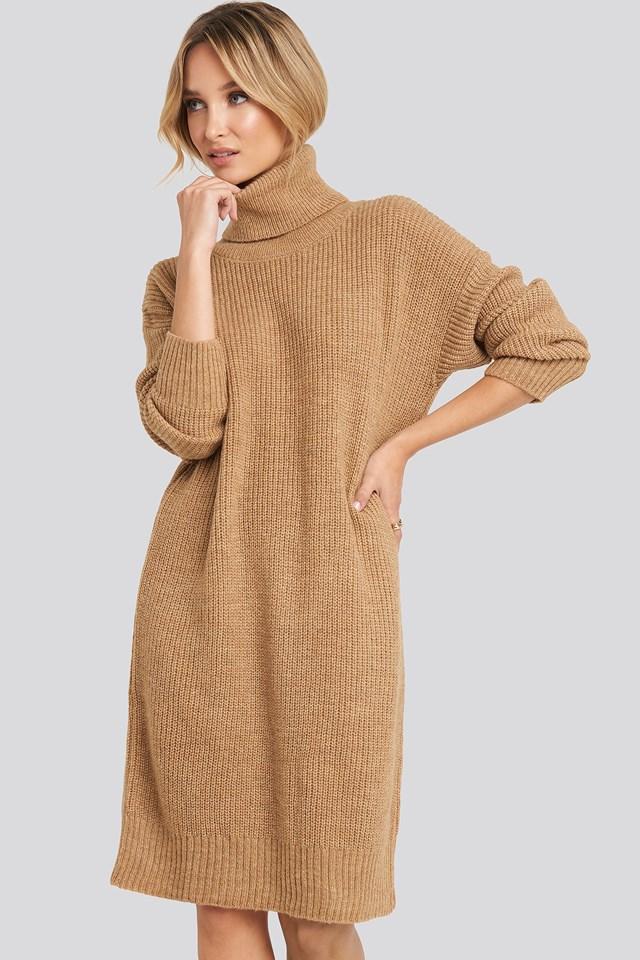 Turtleneck Oversize Knitted Dress Camel