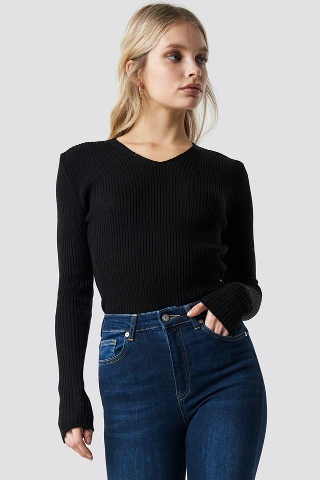 V-Neck Basic Knitted Pullover Black