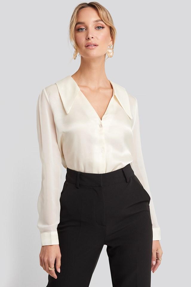 V-Neck Collar Detailed Shirt Ecru