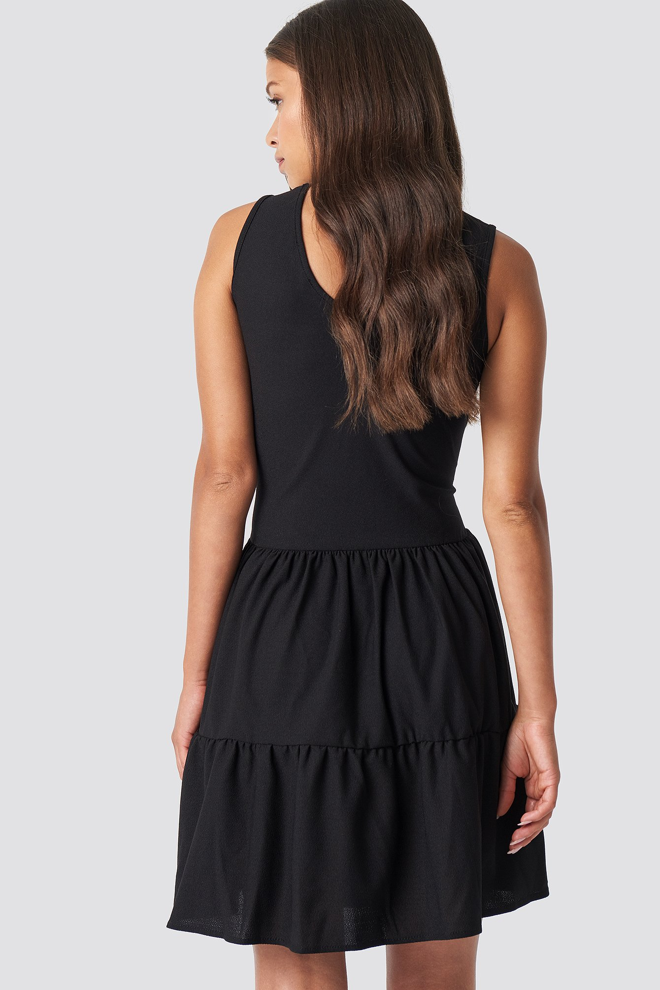 V Neck Detailed Mini Dress NA-KD.COM