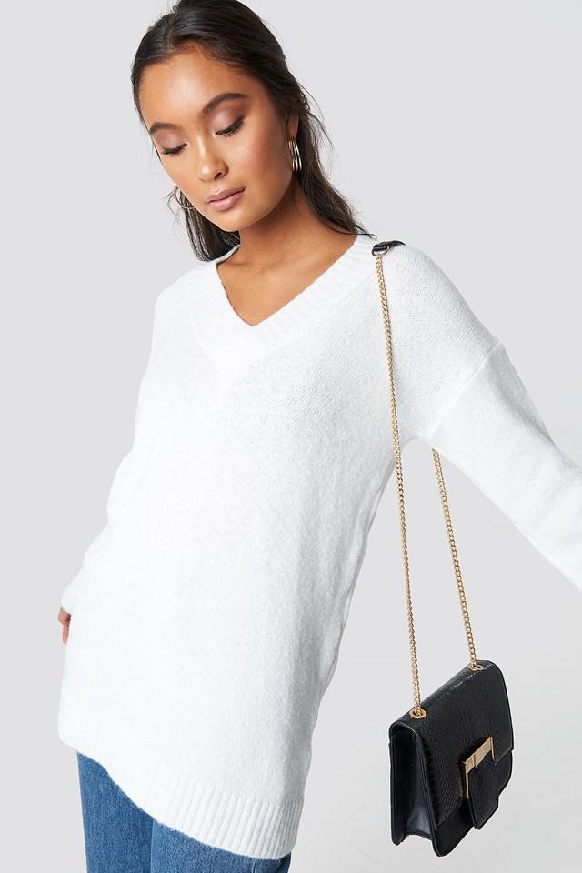V-Neck Knitted Pullover Trendyol