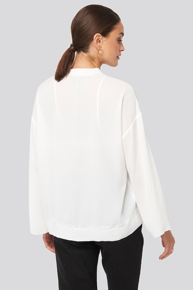 V-Neck Wide Sleeve Blouse Ecru