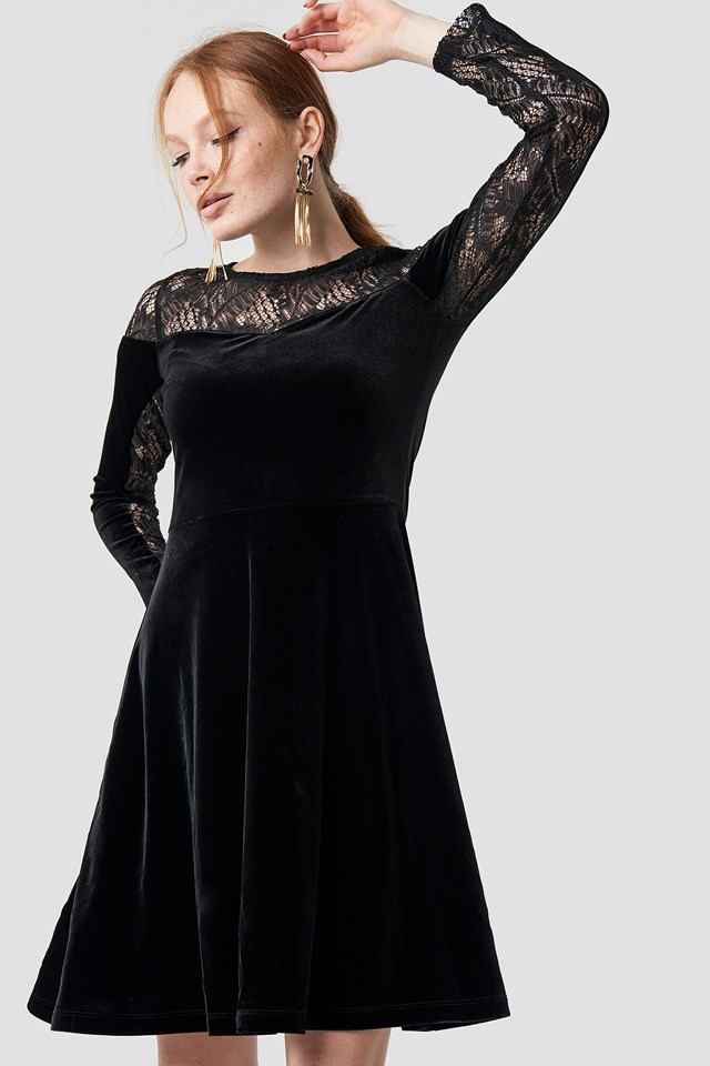 Velvet Lace Detailed Evening Dress Black
