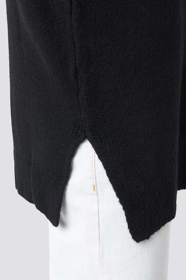 V-Neck Knitted Sweater Black
