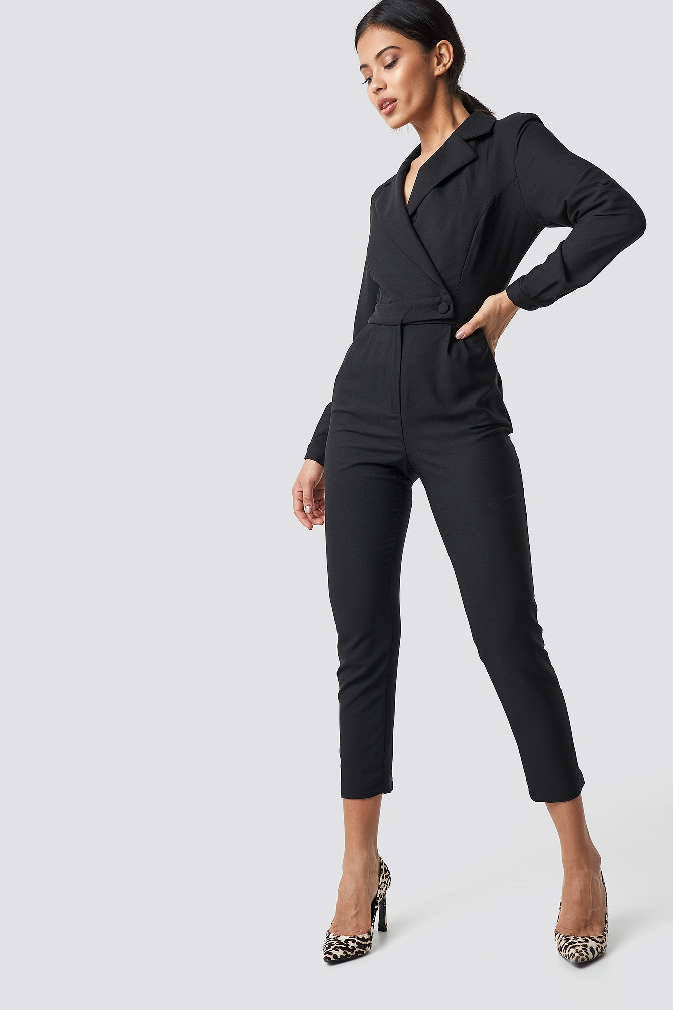 Waist Button Jumpsuit NA-KD.COM