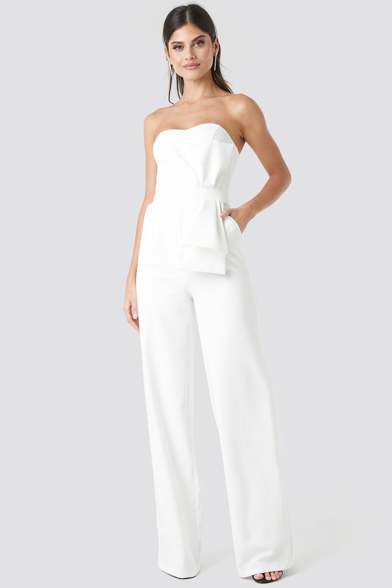 trendyol -  Waist Detailed Strapless Jumpsuit - White