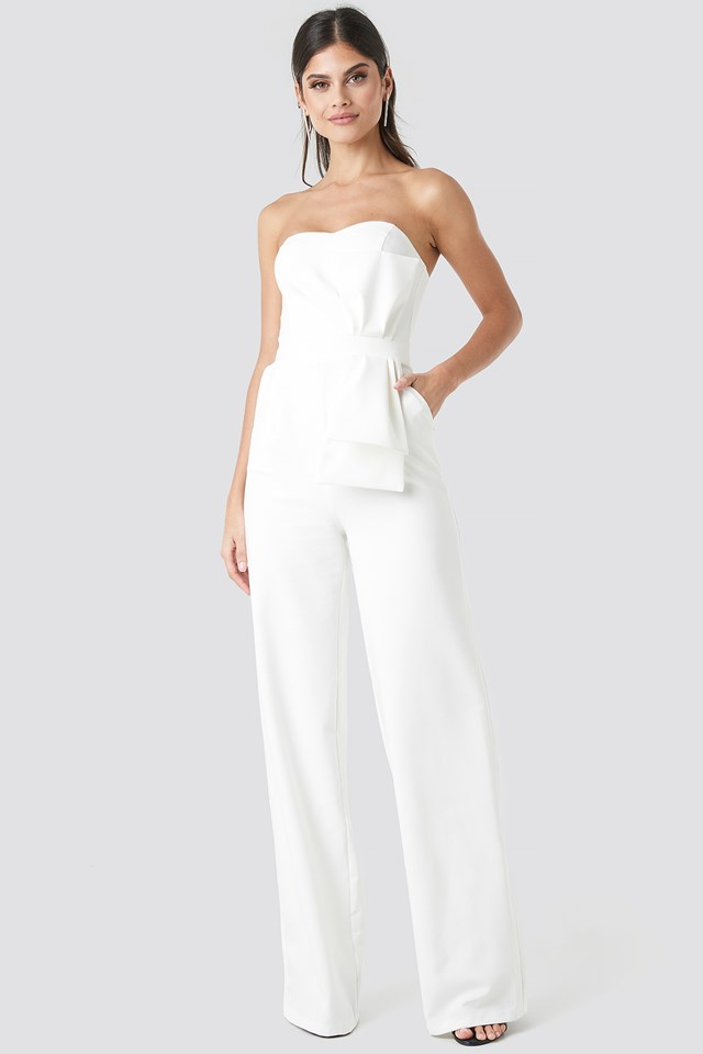 Waist Detailed Strapless Jumpsuit NA-KD.COM