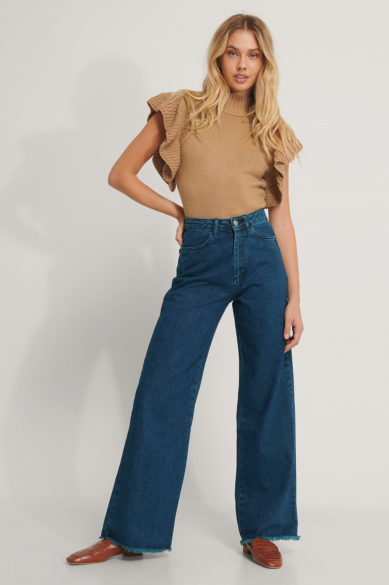 Trendyol Højtaljede Jeans Med Vidde - Blue