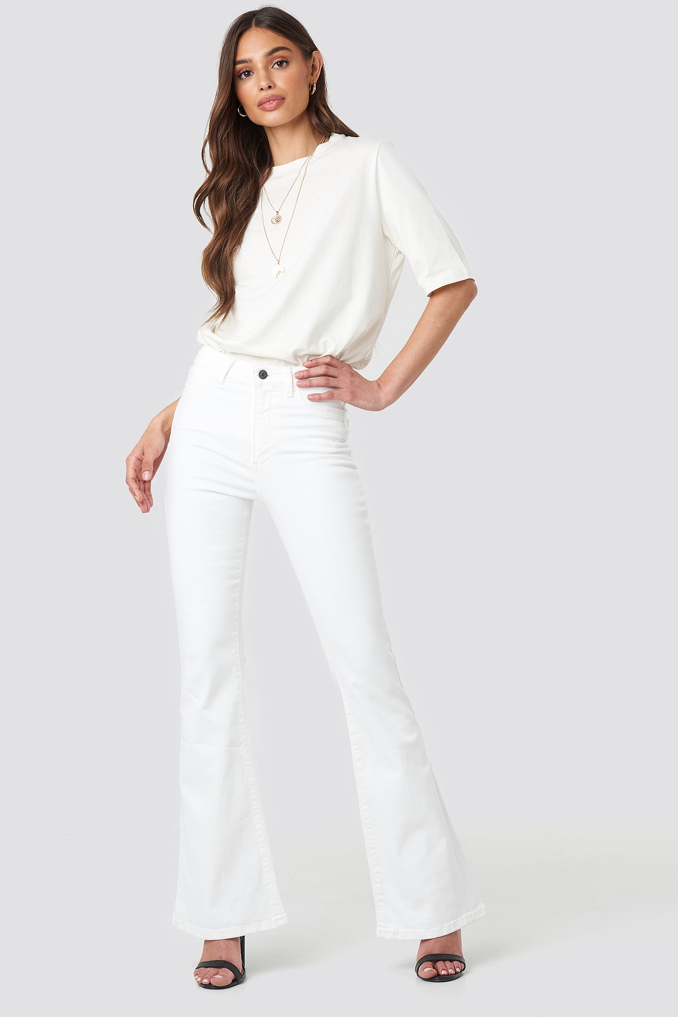 trendyol -  Wos High Waist Flare Jeans - White