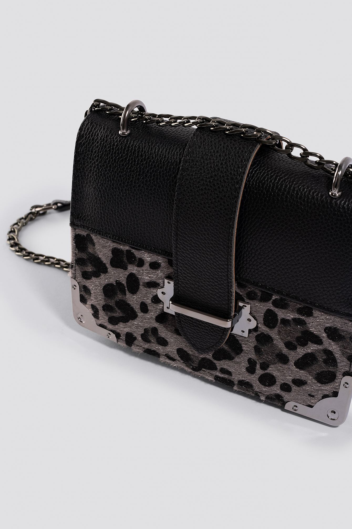 Yol Animal Chain Shoulder Bag NA-KD.COM