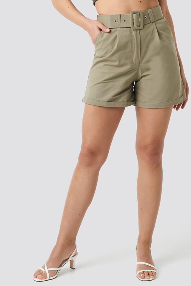 Yol Belt Detailed Shorts Khaki