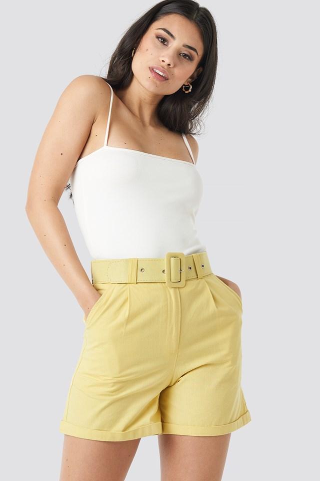 Yol Belt Detailed Shorts Mustard