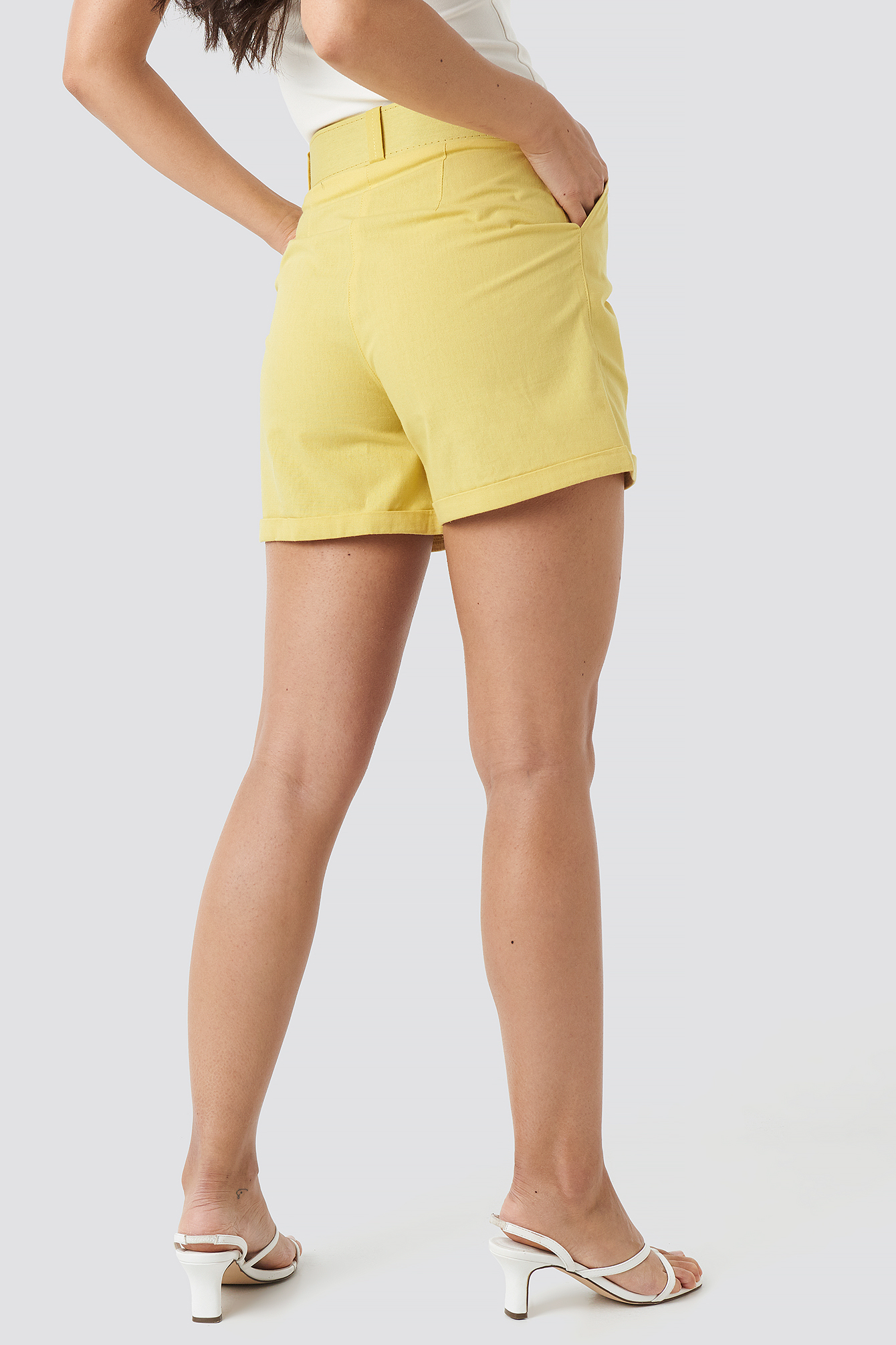 Yol Belt Detailed Shorts NA-KD.COM