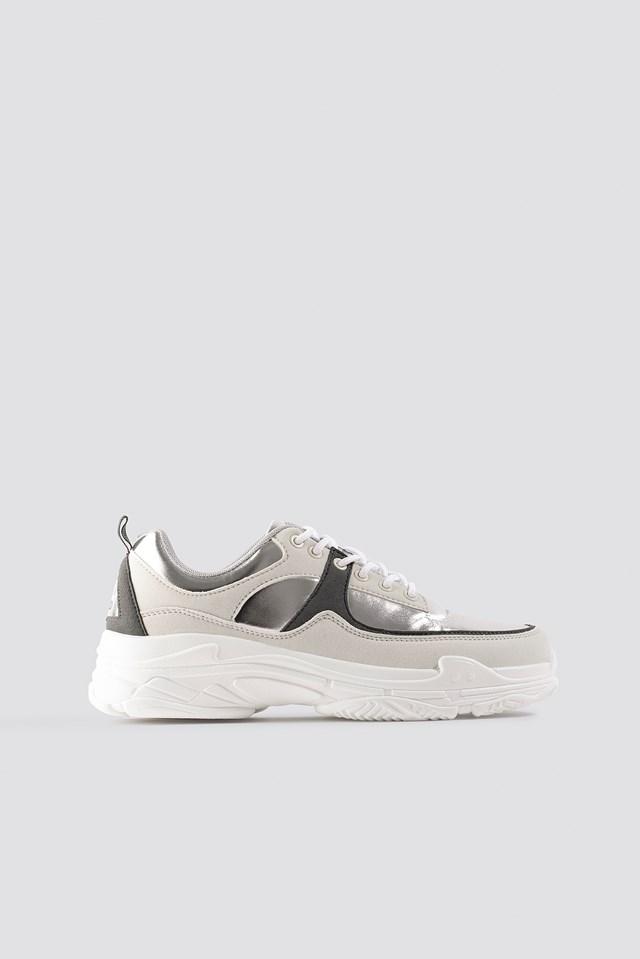 Aero Sneaker Metallic Silver