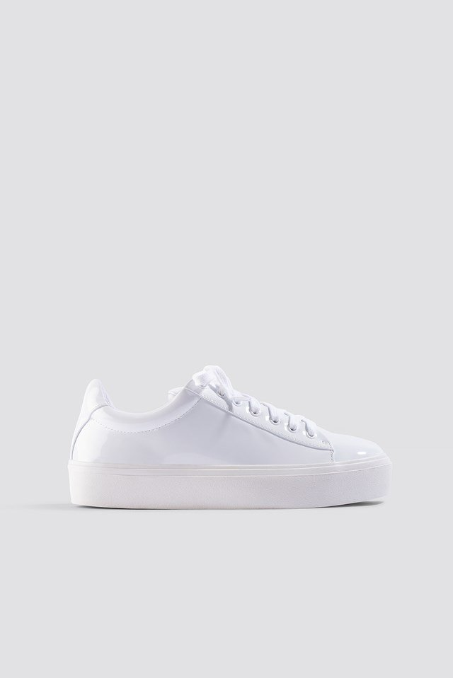Lucie Sneaker White