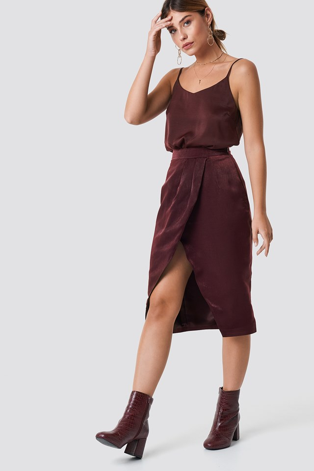 Mego Overlap Skirt Deep Wine