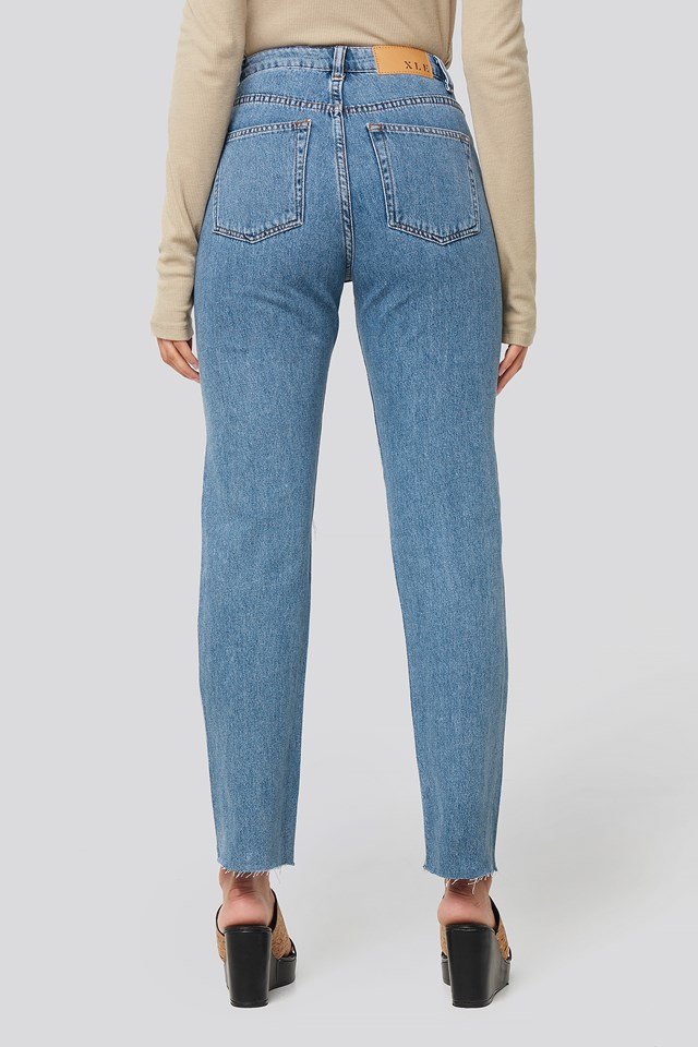 Miki Raw Hem Jeans Light Blue Wash