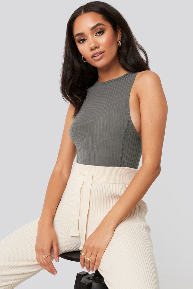 Zoe Ribbed Tank Top Charcoal