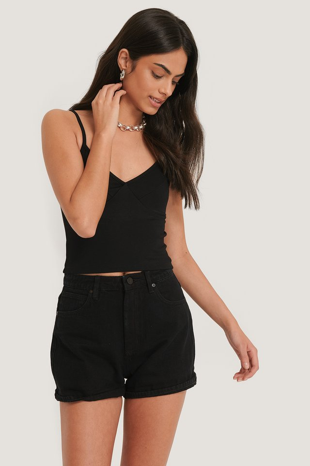 A High Relaxed Short Overdyed Black
