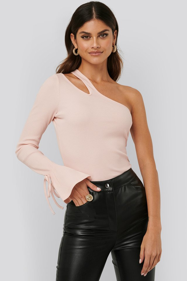Creme Cut Out Ribbed Top
