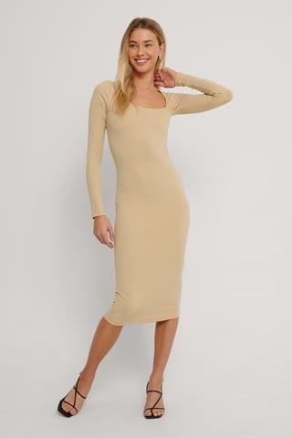 Beige Langärmeliges Kleid Mit Schnitt-Detail
