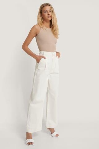 Off White Jeans Med Rette Ben