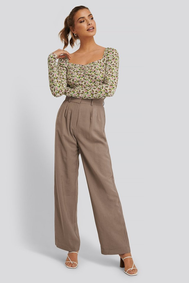 High Waisted Suit Pants Brown