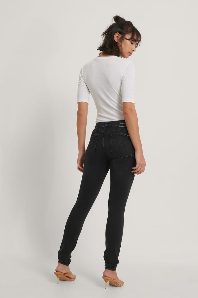 Jeans Med Mellomhøyt Liv Washed Black