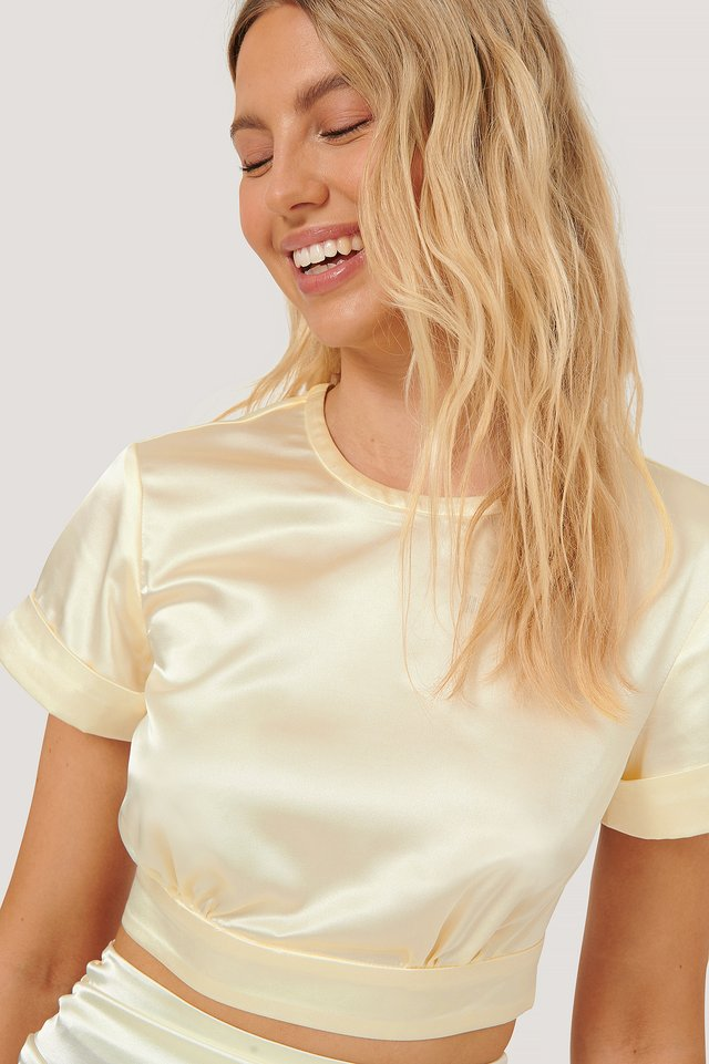 Cropped Satin Top Light Beige