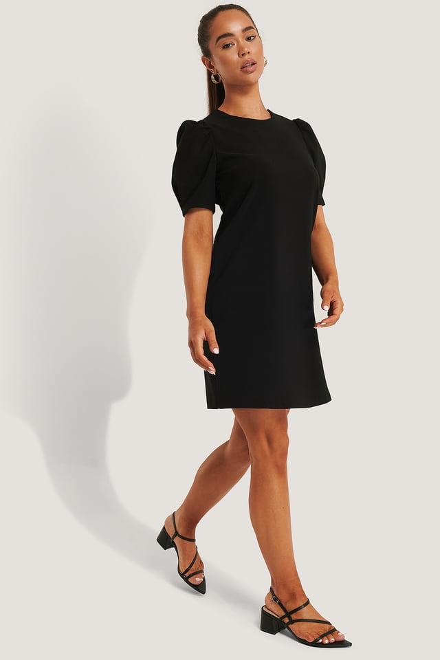 Kjole Med Puffermer Black