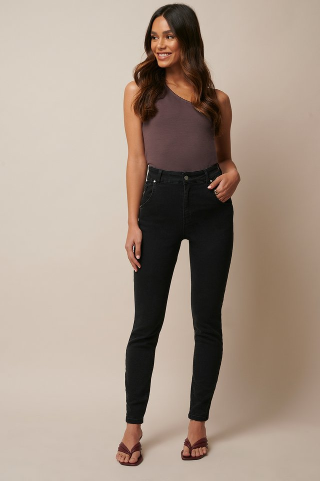 Highwaisted Slim Jeans Black